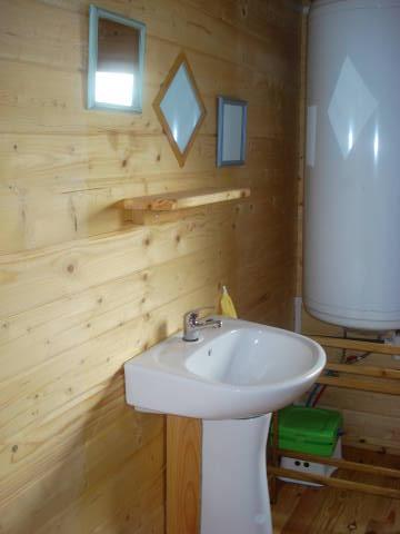 salle de bain 6M2 avec douche et WC